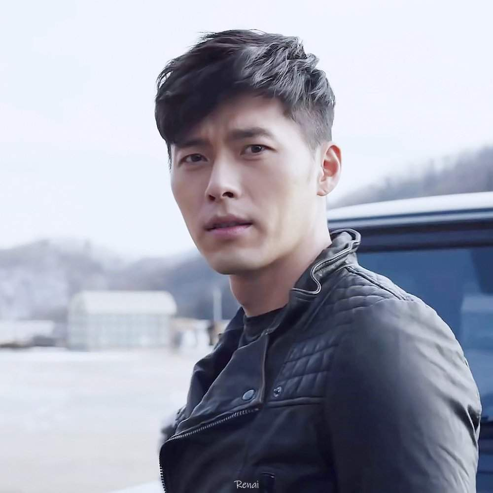 Hyun Bin - Male actor entangled loudly with love with Song Hye Kyo, Son Ye Jin 1