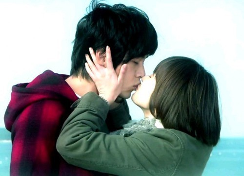 Hyun Bin and 5 years to forget Song Hye Kyo !! 5
