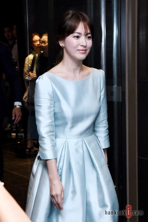 China media - Song Hye Kyo is about to remarry with a new person better rich Song Joong Ki? 2