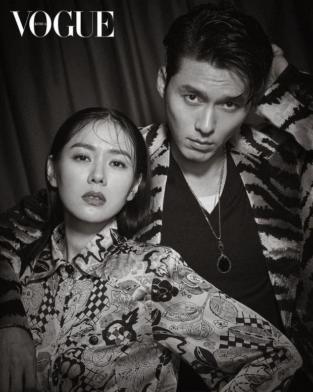 Hyun Bin and Son Ye Jin became Hot Trend again with old photos of magazines like husband and wife. 1
