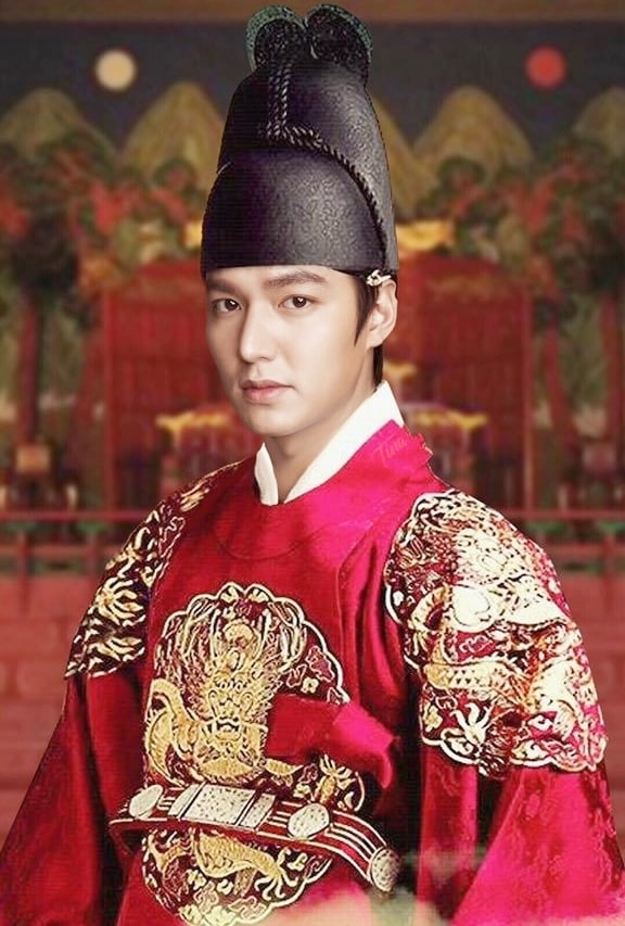 "SBS Continued to reveal a supremely Lee Min Ho in ""The King: The Eternal Monarch"". 2"