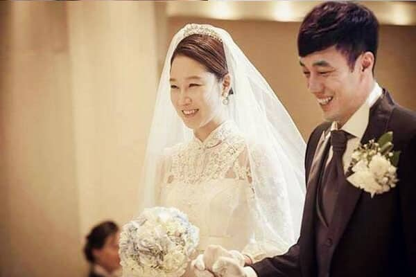 [BREAKING] So Ji Sub Claims To Have Officially Married To 17 Years Younger Announcer Today!