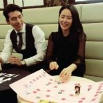 YTN revealed Hyun Bin and Son Ye Jin played RPS games together and he constantly gave in to his 'girlfriend'! 1