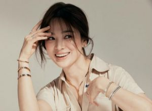 HOT- Song Hye Kyo immediately released an interview clarifying rumors with Hyun Bin , Song Joong Ki And How She Overcomes Hardships!