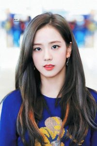 BLACKPINK's Jisoo is filming for the first time, the producer is considering 4 names Hyun Bin, Lee Min Ho, Kim Soo Hyun, BTS's V to choose the male lead! 1
