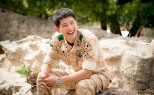 Hyun Bin, Song Joong Ki and Lee Joon Gi: Top 3 Korean stars in military uniforms look the best! 2