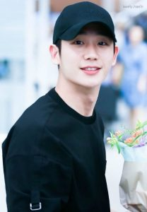 Jung Hae In - BLACKPINK Jisoo's first love on screen : Amazing visual, dating rumors from Son Ye Jin to Kim Go Eun. 1
