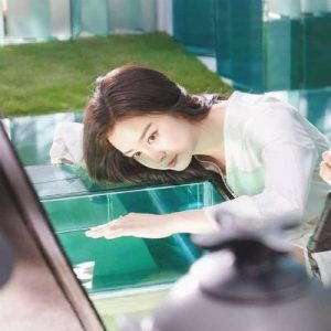 Kim Tae Hee appeared with a beautiful face after the scandal of aging with many wrinkles at the age of 40 2