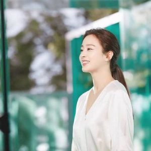Kim Tae Hee appeared with a beautiful face after the scandal of aging with many wrinkles at the age of 40 1