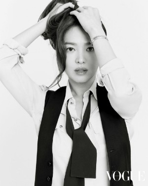 Song Hye Kyo appeared as beautiful as an eighteen girl: 'Mom is the biggest support for me' 3