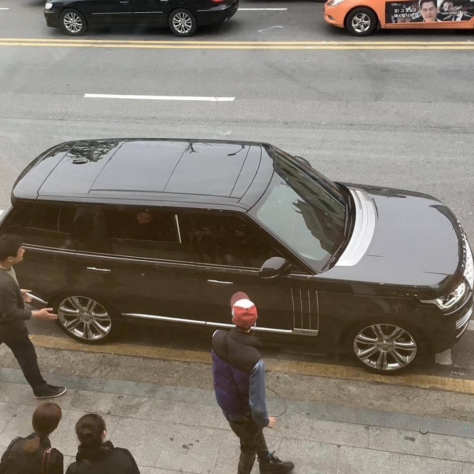 A close-up of Hyun Bin's car - The car that Hyun Bin used to drive Son Ye Jin on dates ! 3