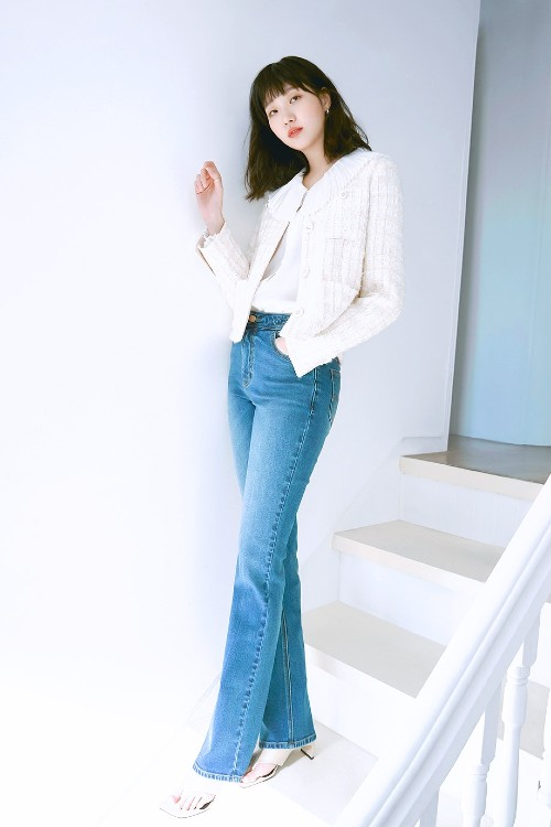 Kim Go Eun appeared splendidly beautiful at the 2021 Spring Collection of Mind Bridge! 1