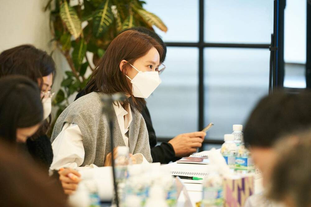 Hyun Bin radiantly appeared with Yoona at Confidential Assignment 2 script reading event! 5