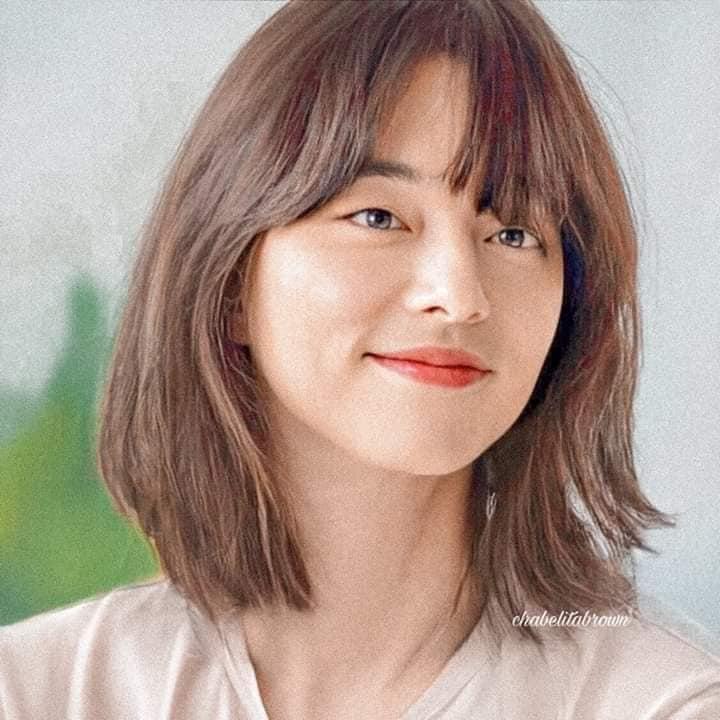 When Gong Yoo Became a Beautiful Actress !!