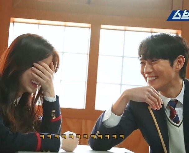 The cutest couple in Penthouse, Kim Hyun Soo and Kim Young Dae, too cute make fans wanted them to be a real couple. 3