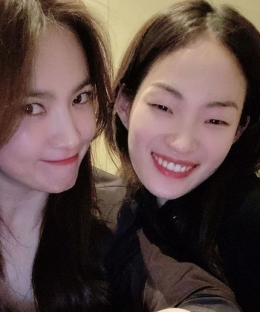 HOT- Song Hye Kyo reached the top of the search on Naver when sharing this special person! 3