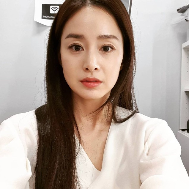 Son Ye Jin and Kim Tae Hee are like twins that cause social networking storms! 5