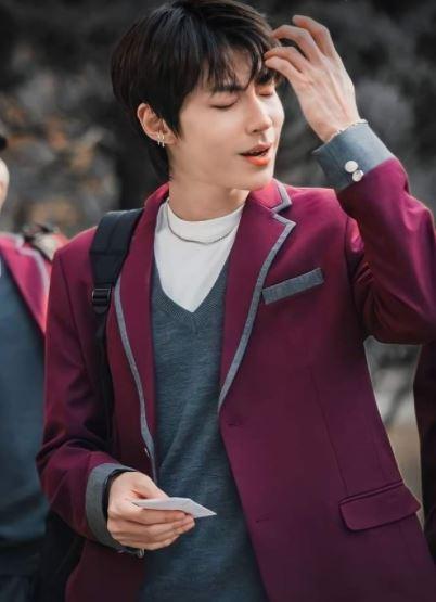 """Hwang In Yeop as Han Seojun in """"True Beauty"""""""
