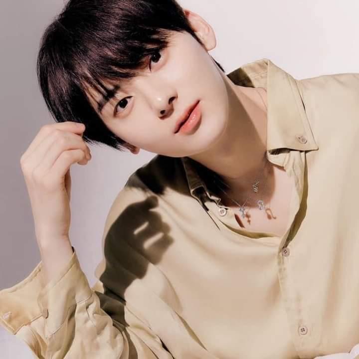 NU'EST's Hwang Minhyun
