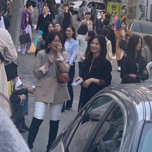 Song Hye Kyo appeared to shine on the first day started filming 'Now, We Are Breaking Up'.