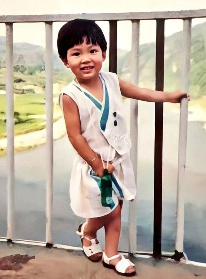 Rarely cute childhood photos of Hyun Bin, Lee Min-ho, Song Joong-ki... 5