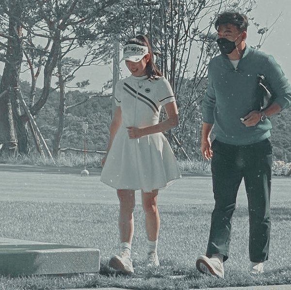 HOT- Son Ye Jin Spotted Shooting at a golf course today but the man with her is not Hyun Bin. 1