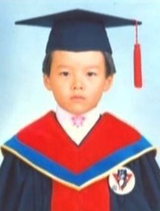 Rarely cute childhood photos of Hyun Bin, Lee Min-ho, Song Joong-ki... 2