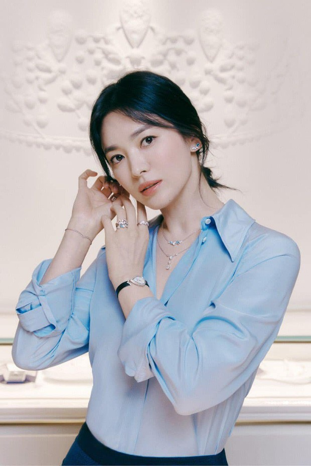 Song Hye Kyo made fans hold breath with her absolutely stunning beauty! 3