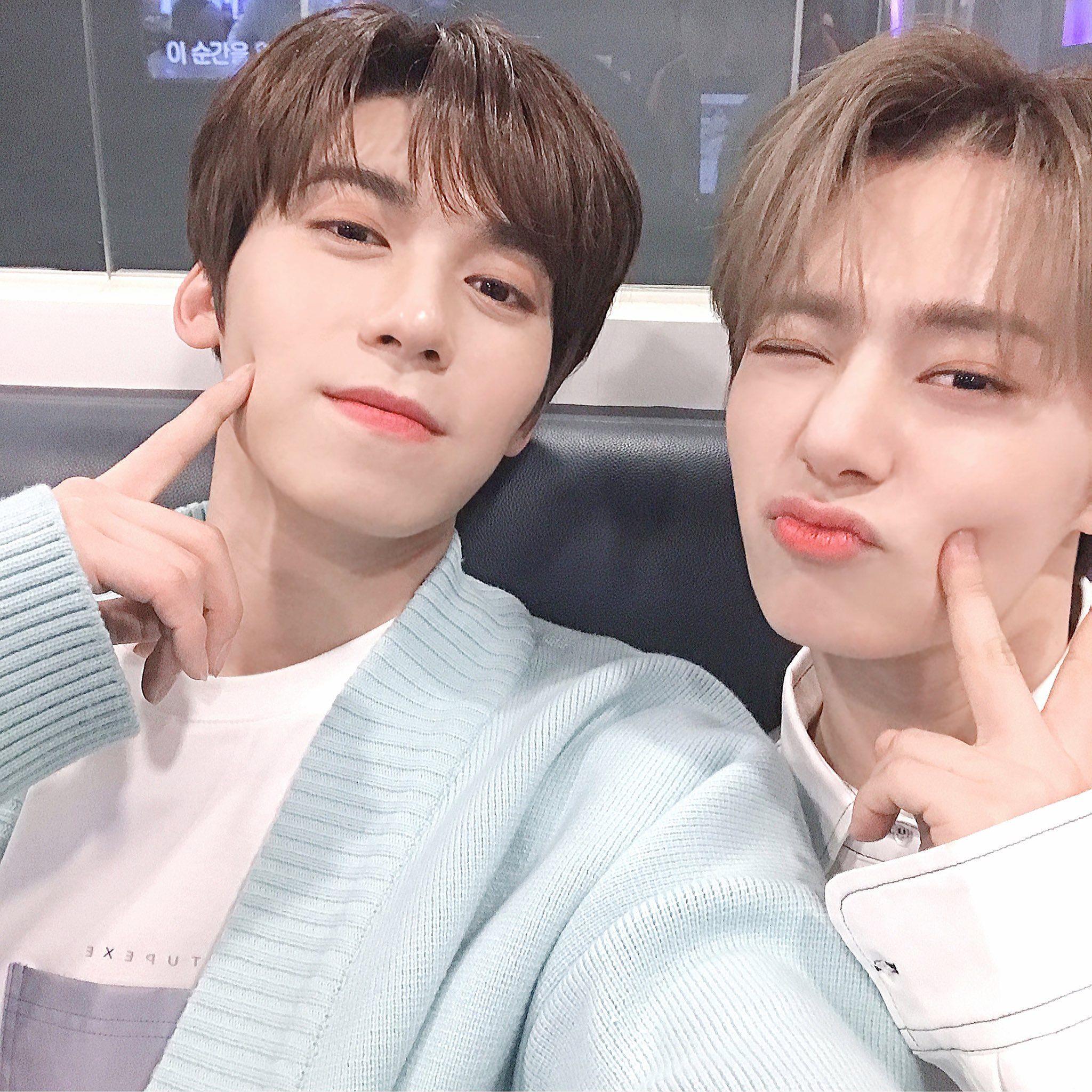 ONEUS Hwanwoong and Keonho