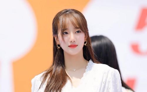 APRIL's Naeun