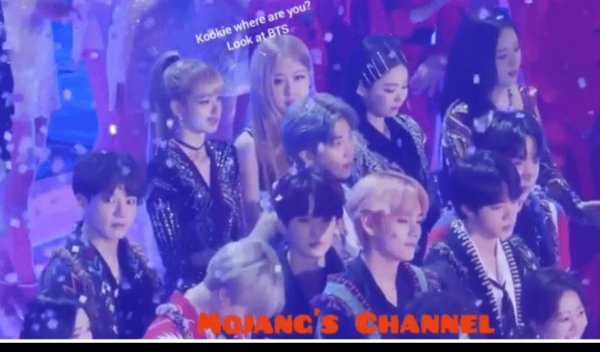 Korean netizens listed out a list of evidence of Jungkook and Rosé dating, causing a storm on the social network Nate Pann! 8