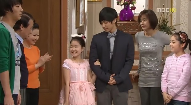 High Kick after 12 years : The cute boy who was forced to marry by Heri (Jin Ji Hee) has become a very handsome man! 2