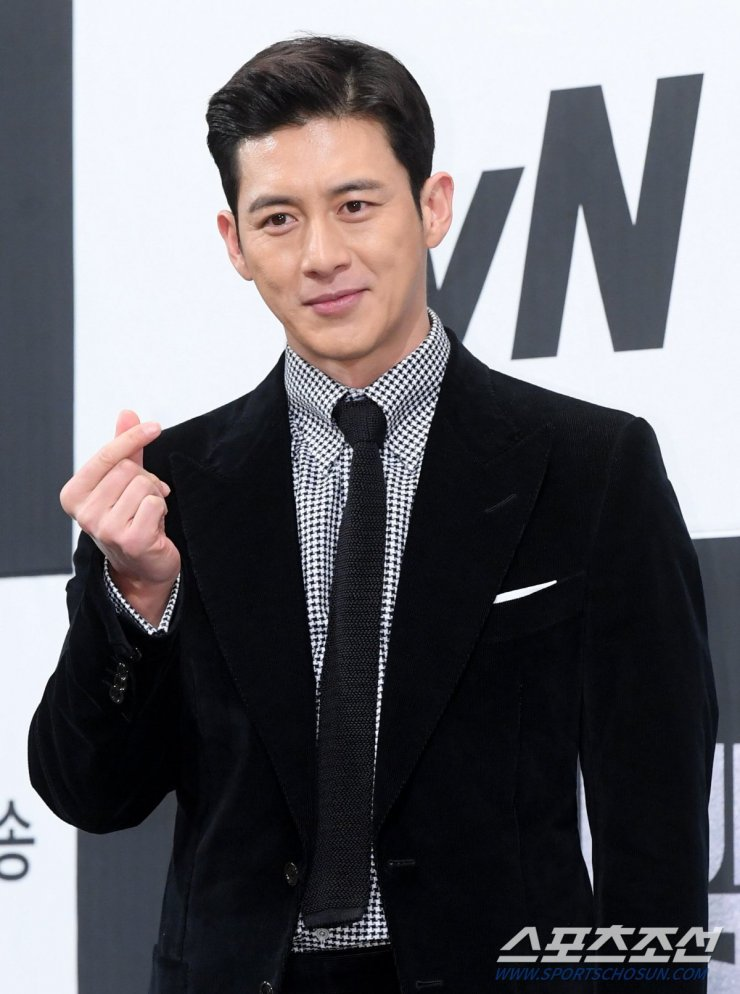 Shocking AGE Difference of Korean Couples    Hyun Bin    Park Shin Hye    Kim Woo Bin  So Ji Sub 4