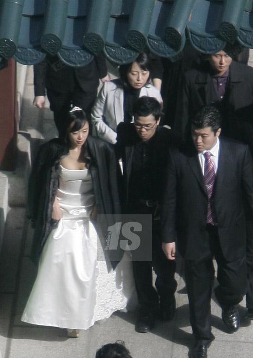 Jeon Do Yeon and Kang Shi Kyu