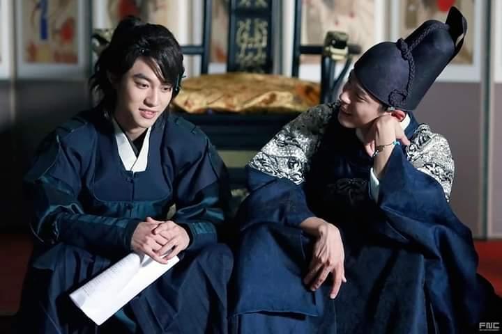 Love in the Moonlight – Park Bo Gum and Kwak Do Yeon