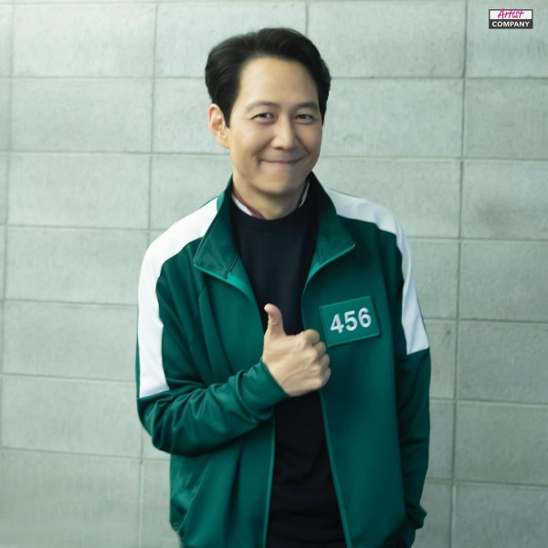 Squid Game Cast Dominates the October Brand Reputation Rankings For Korean Actor/ Actress 1